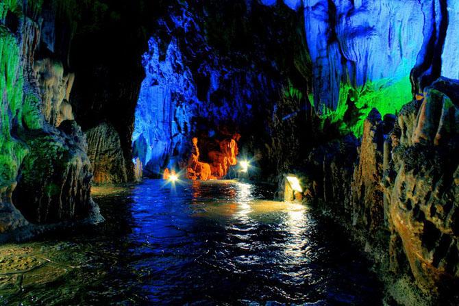 пещера Тростниковой Флейты китай фото 12 (670x447, 135Kb)