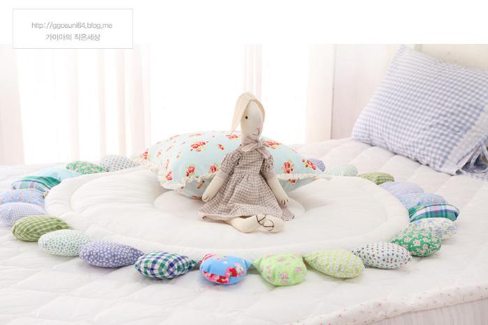 Подушки. коврики своими руками