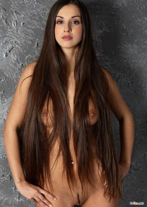 Фото голая длинные волосы 29 фотография