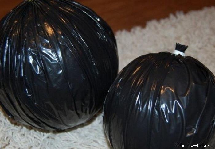 Декоративные шары из шишек (2) (700x486, 152Kb)