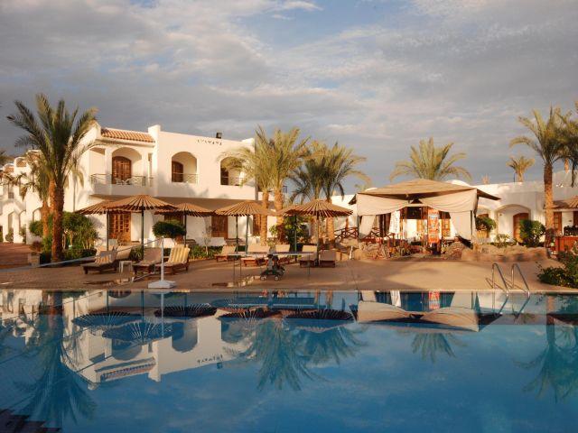 pool4_at_the_Coral_hills_resort (640x480, 88Kb)