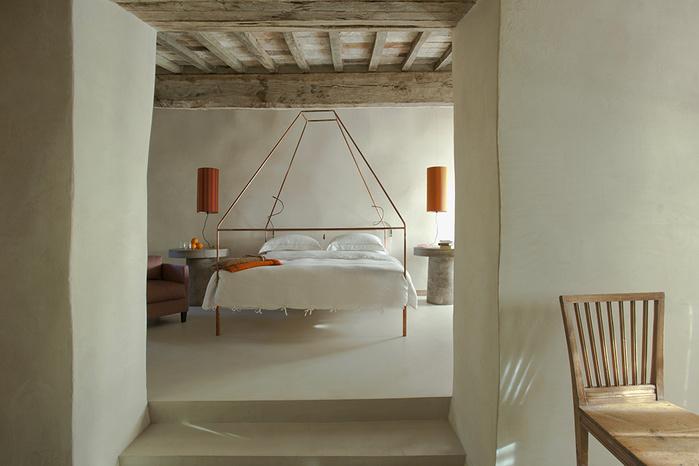 средневековый отель в италии фото 7 (700x466, 102Kb)