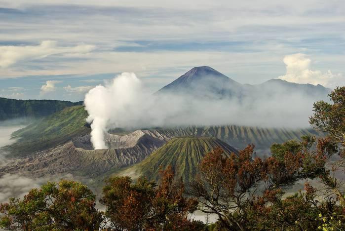 вулкан бромо индонезия фото (700x468, 49Kb)