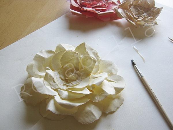 розы из бумаги (16) (600x450, 216Kb)