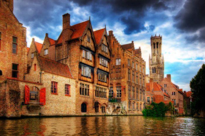 Брюгге - маленькая Венеция, один из самых удивительных городов Европы, Бельгия (700x465, 74Kb)