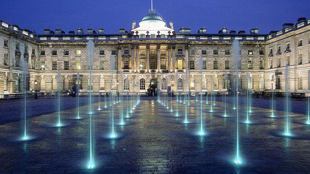 Сомерсет-хаус в Лондоне, Великобритания (604x340, 55Kb)