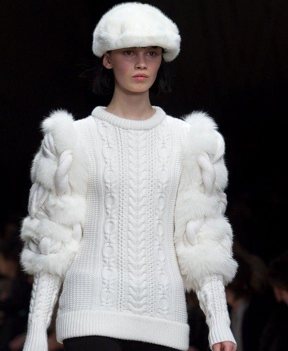вязаный-пуловер-Burberry1 (575x700, 132Kb)
