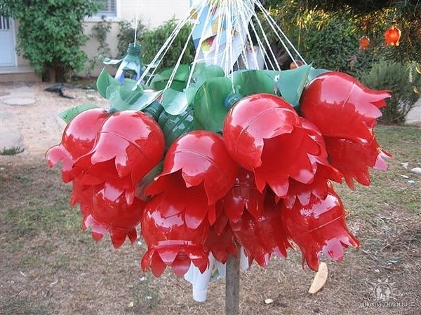 Цветы-из-пластиковых-бутылок (600x450, 207Kb)