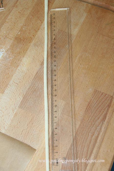 Подвеска-кулончик из соленого теста. Фото мастер-класс (7) (466x700, 158Kb)