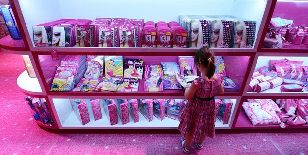 Barbie Dreamhouse Experience  дом барби в берлине 7 (628x316, 51Kb)