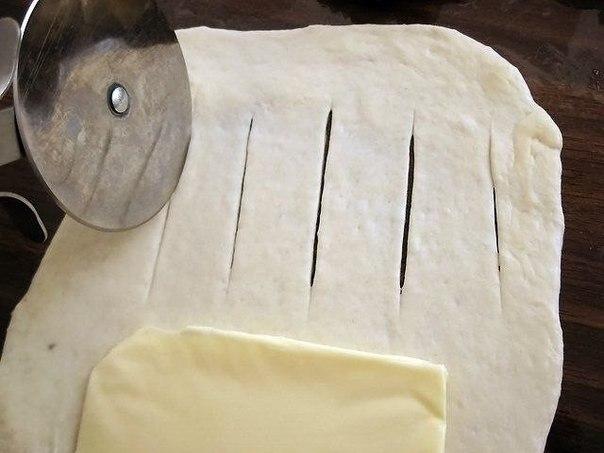 Булочки из дрожжевого теста с плавленным сыром (1) (604x453, 43Kb)