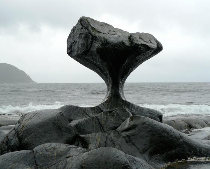 Камень Kannesteinen норвегия фото 1 (700x563, 272Kb)