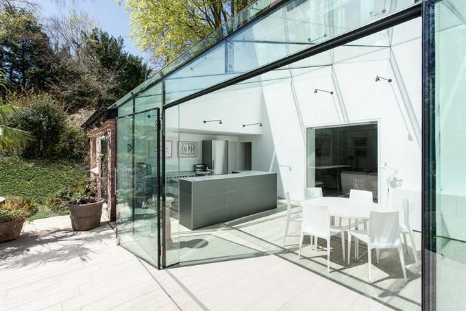 стеклянный дом фото 1 (680x454, 290Kb)