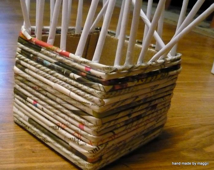 плетение из газет. корзинка с декупажем (7) (700x556, 357Kb)