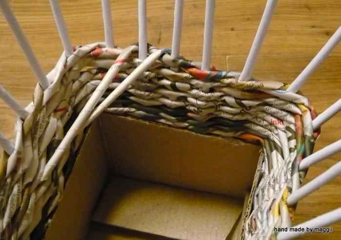 плетение из газет. корзинка с декупажем (9) (700x491, 308Kb)