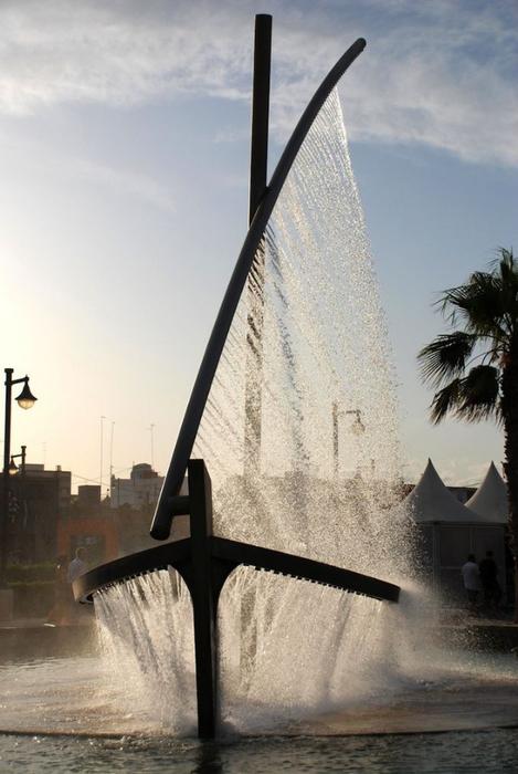 фонтан лодка в валенсии фото 3 (469x700, 273Kb)