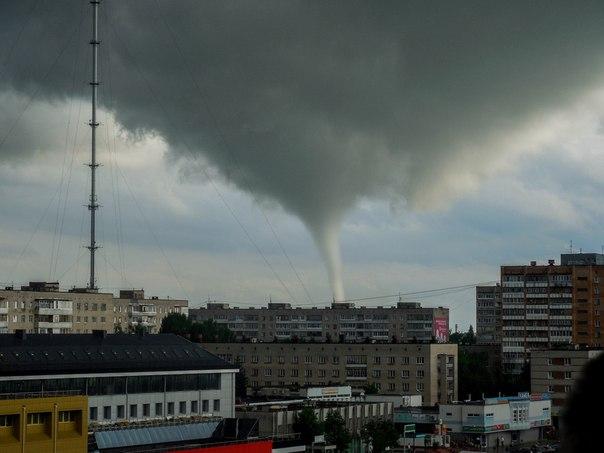 Смерч в Обнинске (604x453, 43Kb)