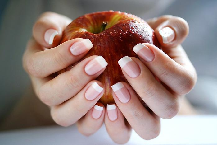 Самые лучшие способы укрепления ногтей (700x466, 81Kb)
