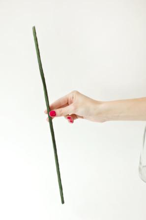 гигантские розы из гофробумаги (3) (297x445, 12Kb)