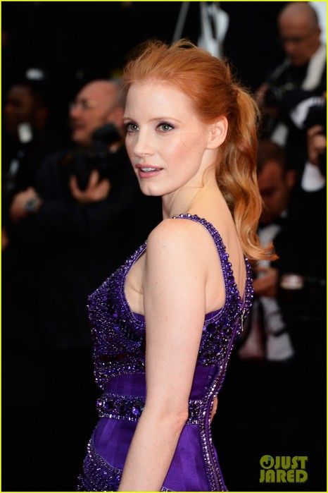jessica-chastain-zachary-quinto-all-is-lost-cannes-premiere-02 (466x700, 62Kb)