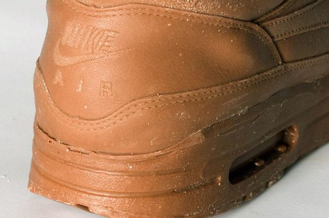скульптуры из шоколада 2 (670x445, 74Kb)