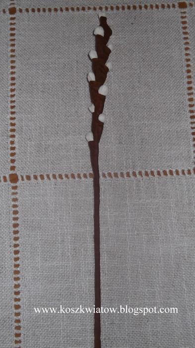Верба из гофрированной бумаги для пасхальных композиций (13) (393x700, 221Kb)