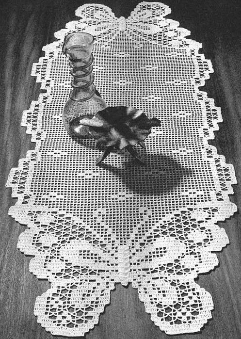 вязание крючком. салфетки скатерти подушки (24) (497x700, 167Kb)