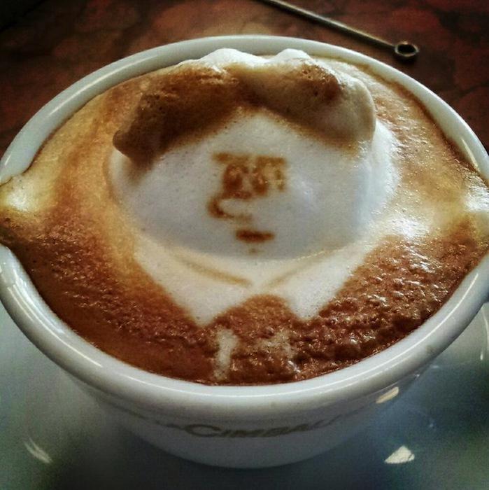рисунки на кофе фото Кацуки Ямомото 4 (699x700, 128Kb)