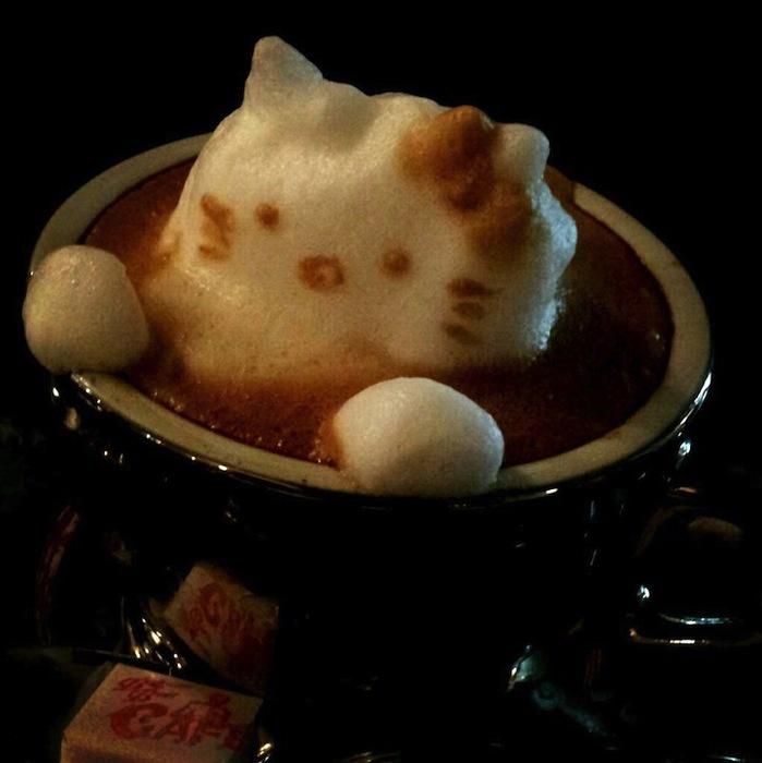 рисунки на кофе фото Кацуки Ямомото 6 (699x700, 70Kb)
