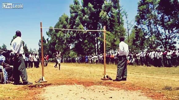 Самые высокие прыжки в мире. Соревнования в Кении