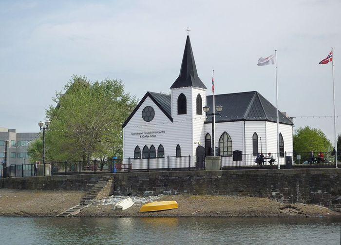 Norwegian_Church,_Cardiff (700x503, 60Kb)