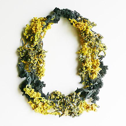 платья из канцелярских резинок маргарита милева 8 (436x436, 74Kb)