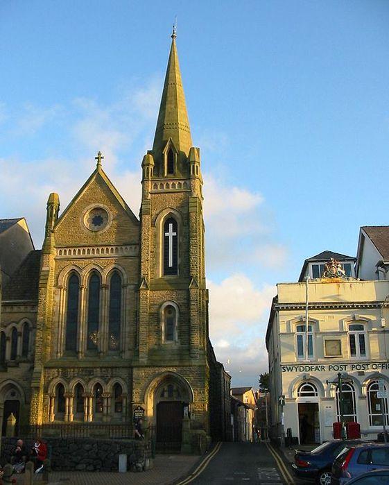 1024px-Eglwys-y-Grog,_Mwnt,_Pembrokeshire (561x700, 66Kb)