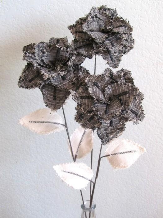 Текстильные цветы и веточки на проволоке и декор вазы тканью (34) (525x700, 102Kb)
