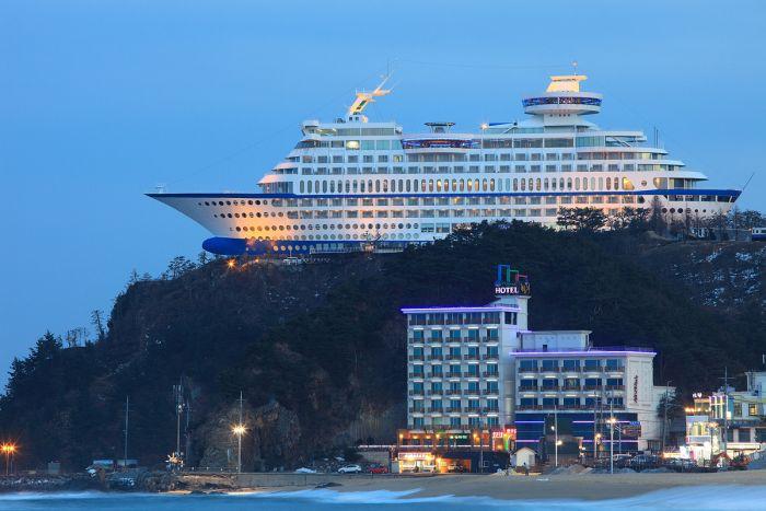 sun_cruise_hotel_01 (700x467, 55Kb)