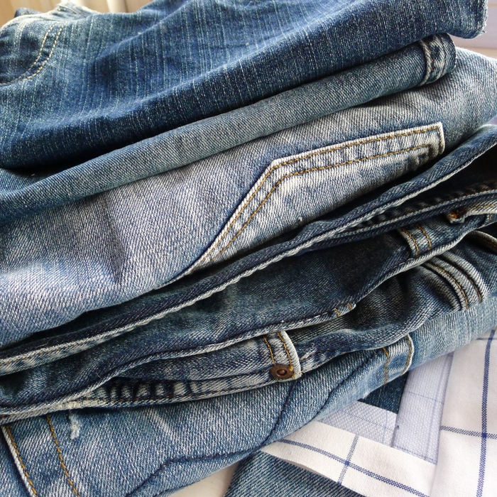 Покрывало в технике пэчворк из старых джинсов и рубашек (4) (700x700, 507Kb)