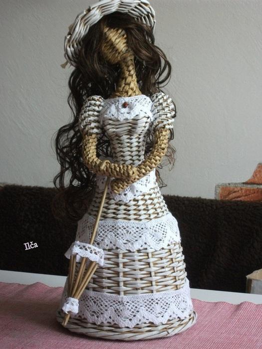 Плетение. Куколка из газетных трубочек (5) (525x700, 130Kb)