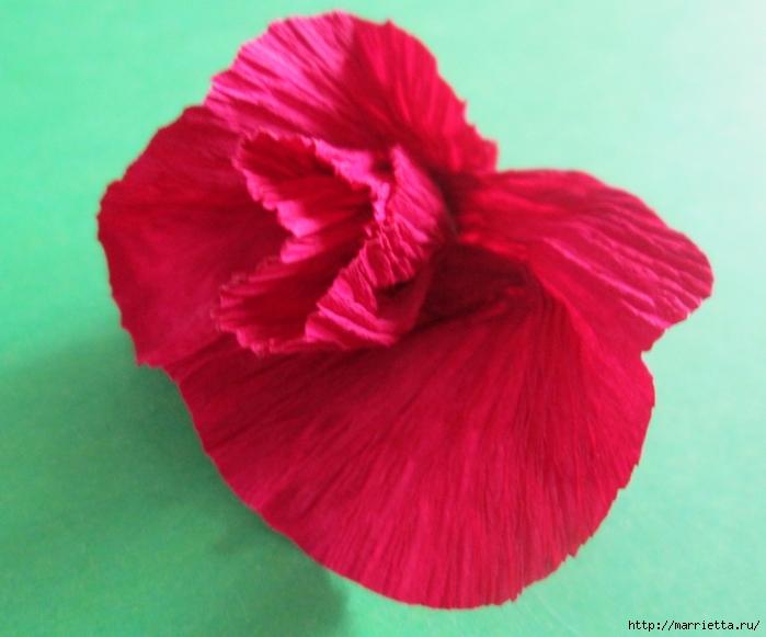 Розочки из вискозных салфеток. Цветочное панно - валентинка (15) (700x581, 240Kb)