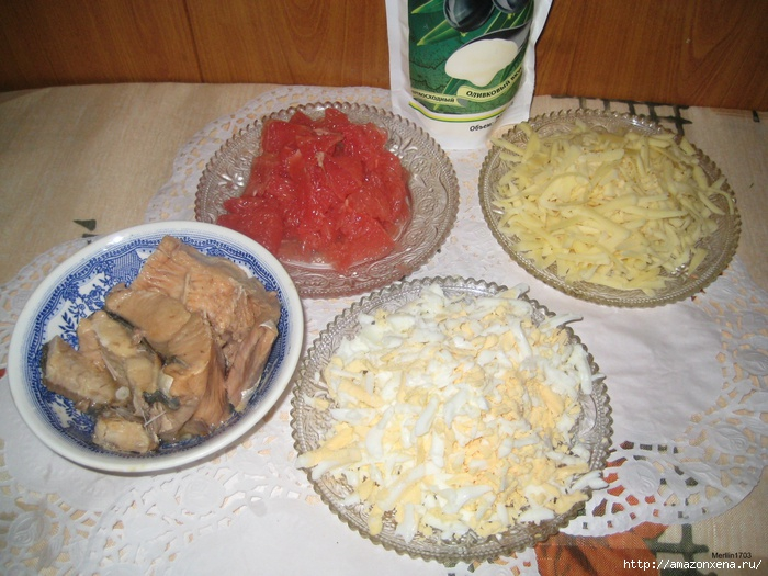 Салат с горбушей под грейпфрутовой шубкой (2) (700x525, 256Kb)