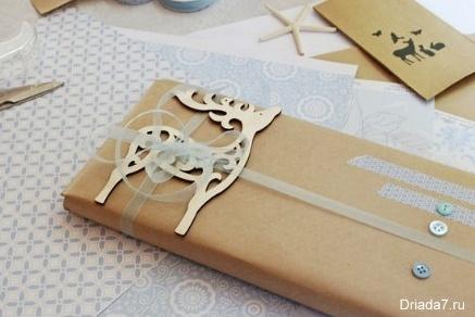 упаковка подарков упак.бумагой — копия (2) (437x292, 49Kb)