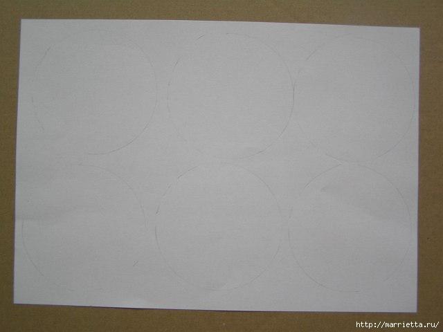 Декорирование абажура розочками из бумаги (1) (640x480, 76Kb)
