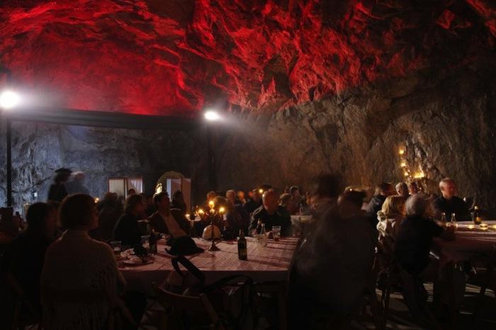 отель серебрянная шахта швейцария 6 (700x466, 83Kb)