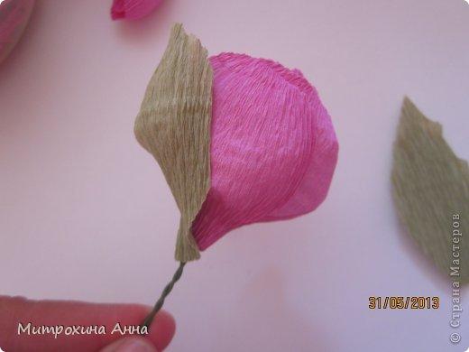 бутоны роз из гофрированной бумаги. мастер-класс (20) (520x390, 21Kb)