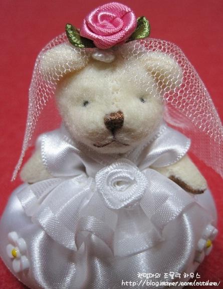 Свадебный наряд для маленького медвежонка. Мастер-класс (27) (445x577, 160Kb)