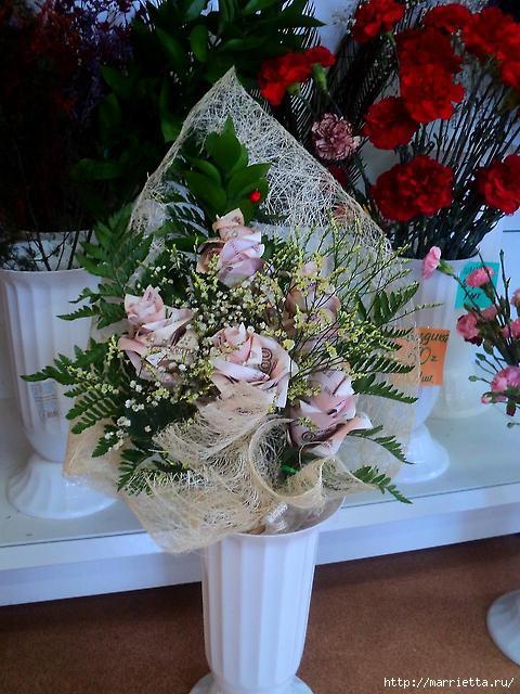 Как сложить розу для денежного букета. Оригами из купюр. Мастер-класс (10) (480x640, 205Kb)