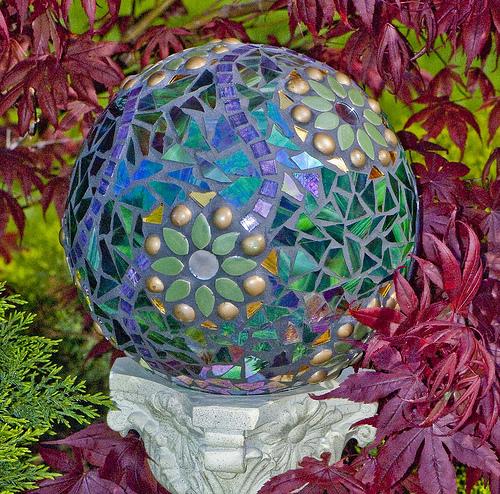 Bolas decorativas feitas de cimento para o jardim.  Idéias e master class (19) (500x494, 264KB)