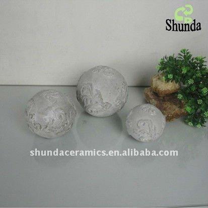 Bolas decorativas feitas de cimento para o jardim.  Idéias e master class (25) (413x413, 29Kb)