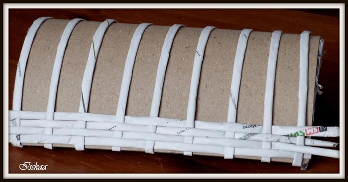 Сундучок из коробки, оплетание газетными трубочками. Мастер-класс (8) (700x367, 165Kb)