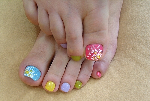 colorful_nails (500x336, 136Kb)