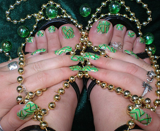 modnyj_pedicure_2012_foto_23 (540x443, 114Kb)